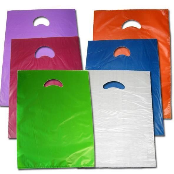 Venta de bolsas de pl stico de colores con asa troquelada for Almacen de plastico para jardin